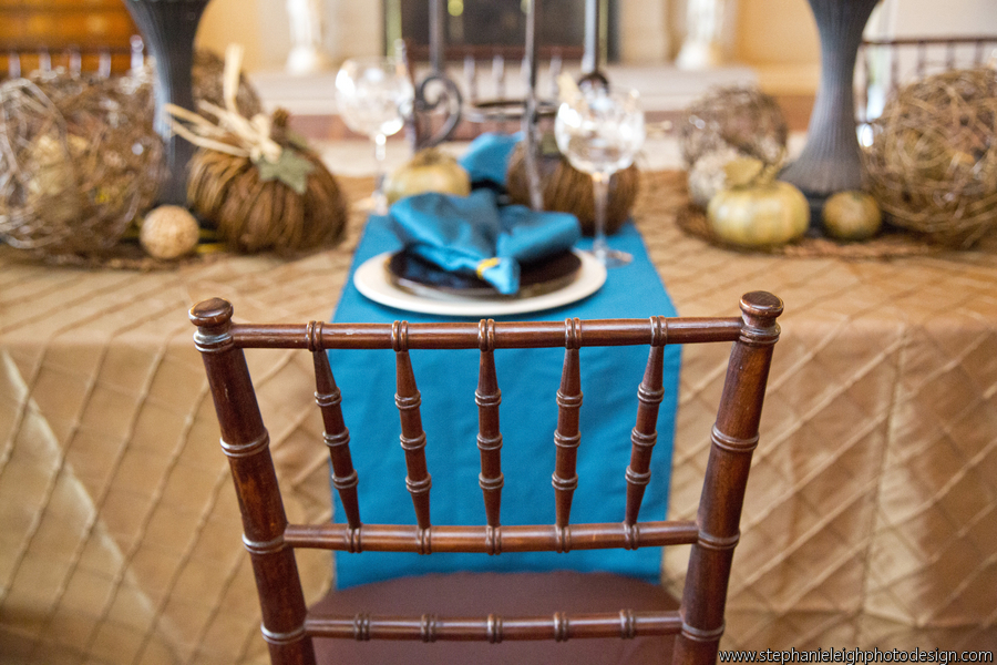 fall-modern-wedding-tablescape-bloomedtolast-place-setting-through-chair