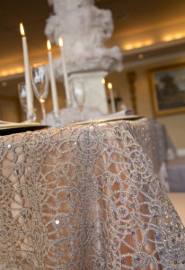 winter-wedding-tablesetting-details3-bloomedtolast
