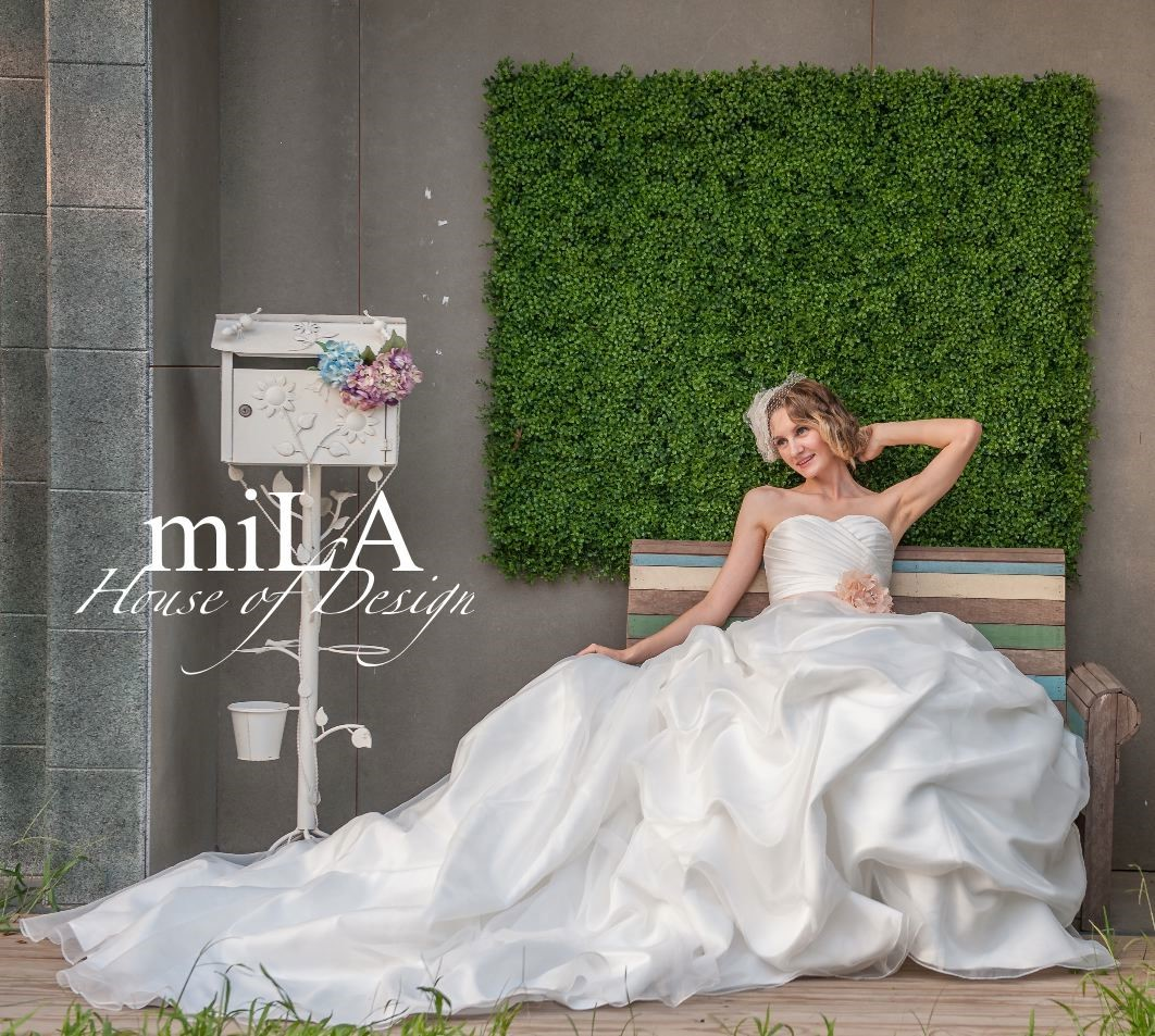 Oliva k Bridal Gowns