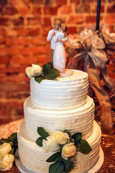 Virginia Bride Wedding Cake