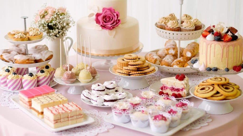 While The Location Flowers And Reception Are Often Hailed As Being Best Parts Of A Wedding Many Agree That Food Especially Dessert